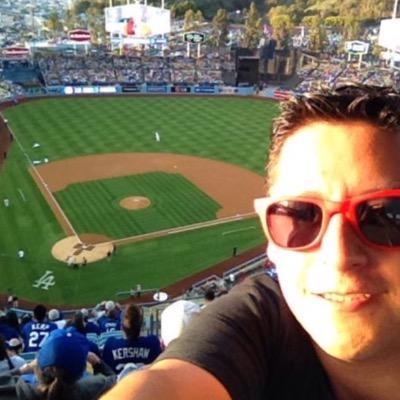Gabriel Cuadros ® | Social Profile