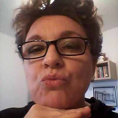 giselle zamboni | Social Profile