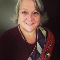 Lynda Henriksen   Social Profile