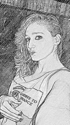 Luz Rios Social Profile