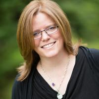 Leslie   Social Profile