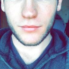 Nicolas ⑤ | Social Profile