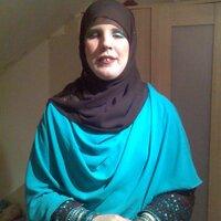 Roshni Hafeez | Social Profile