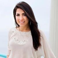 DeAnna Lynn Englezos | Social Profile