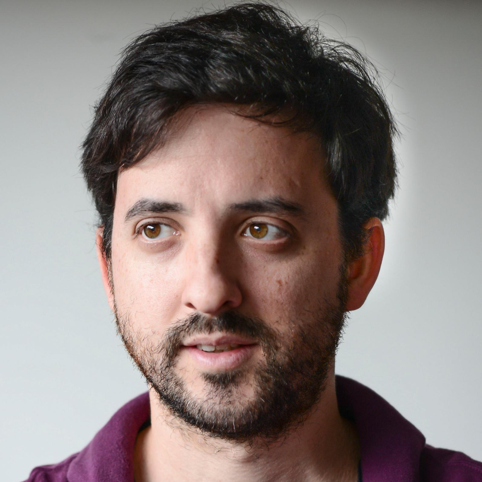 Santiago Pastorino Social Profile