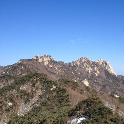 산은 산이요   Social Profile