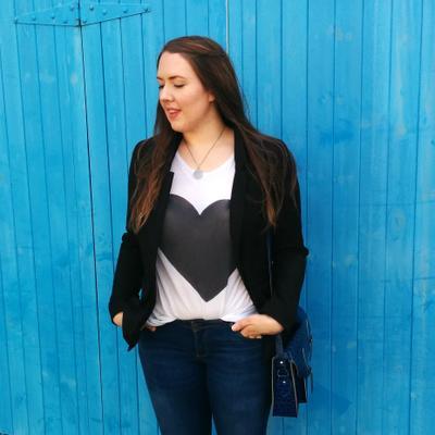 Carina Chambers | Social Profile