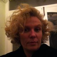 Lois McEwan | Social Profile