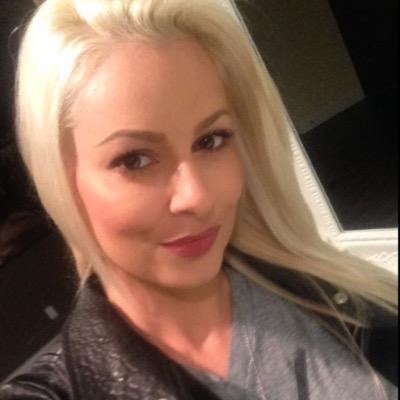 Model Maryse Ouellet profile photo on Glam Tweet