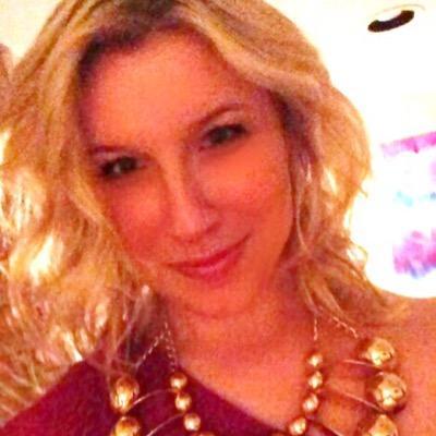 Lauren Zeien | Social Profile