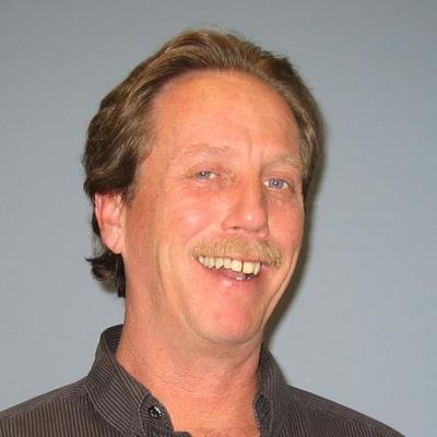 Bruce Wells   Social Profile