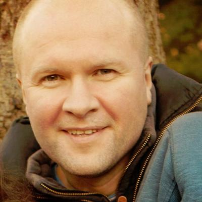 Neil Mossey | Social Profile