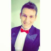 Ju Robles | Social Profile