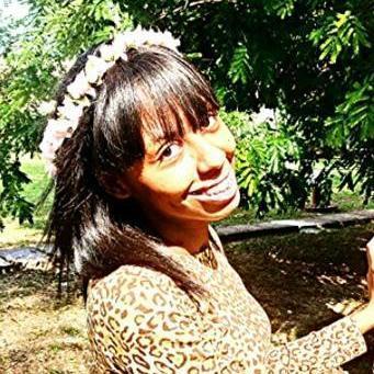 Rebeca Clemente ღ   Social Profile
