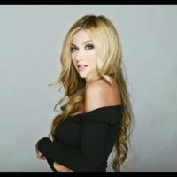 Lola Tash | Social Profile