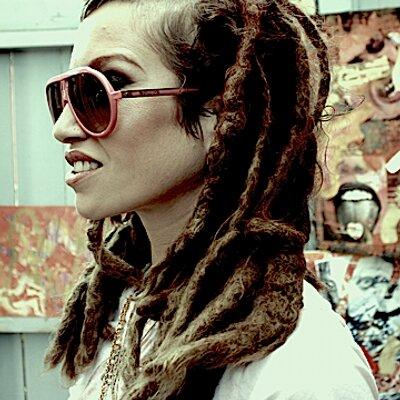 Johanna Phraze   Social Profile