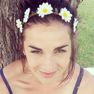 Kelly Kingwill   Social Profile