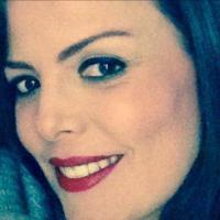 MARIA CISNEROS ن    Social Profile