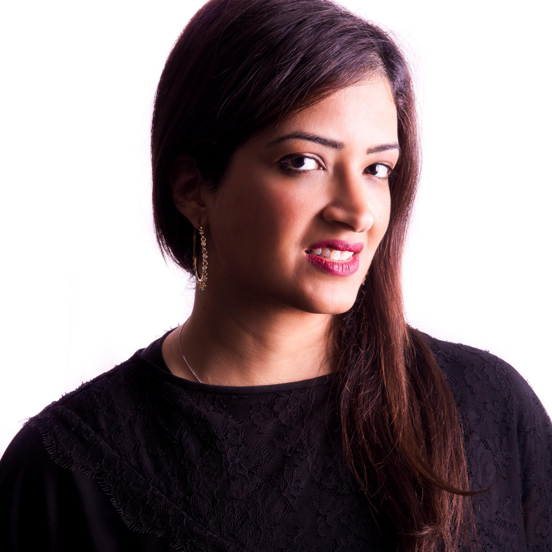 Muna AlGurg Social Profile