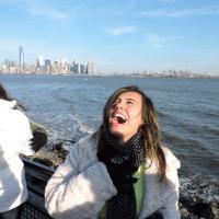 Fernanda Muniz | Social Profile