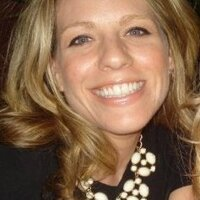 Erin Stoll | Social Profile