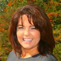 Linda Konkiewicz   Social Profile