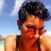 Simply Tiaja | Social Profile