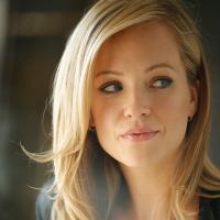 Amanda Clayton | Social Profile