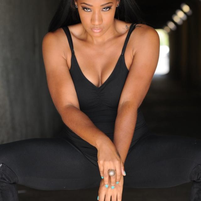 Lydia Sims Social Profile