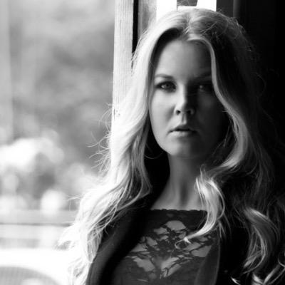 claire clement | Social Profile