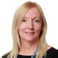 Laura Layden | Social Profile