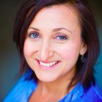 Natalie Nevares | Social Profile