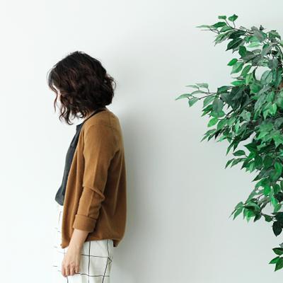youna | Social Profile