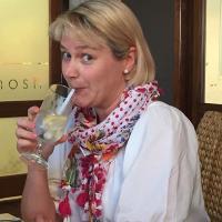 Sarah Fielke   Social Profile