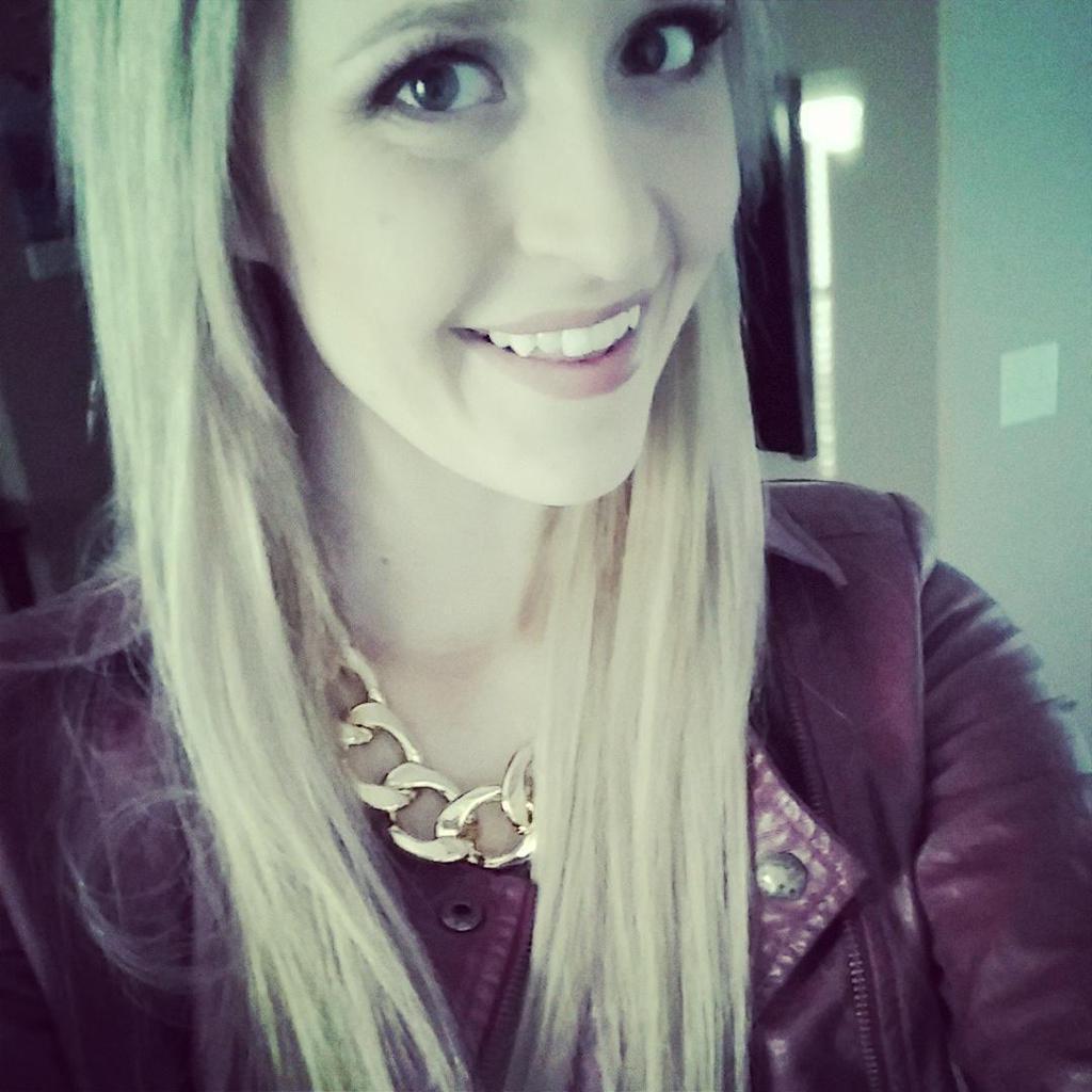blondebored