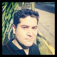 Luis E Pitti-Sagrera | Social Profile