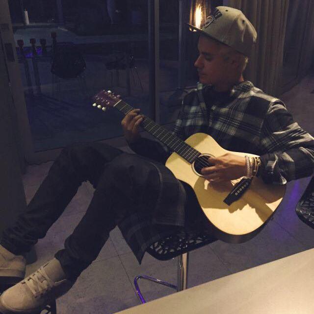 Bieber. Social Profile