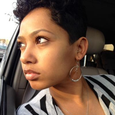 KaSarah Hundal | Social Profile