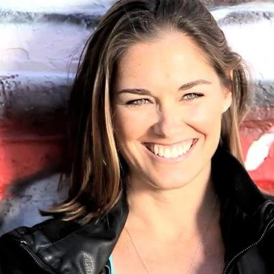 Mimi Knoop   Social Profile