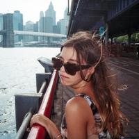 Leah Goren | Social Profile