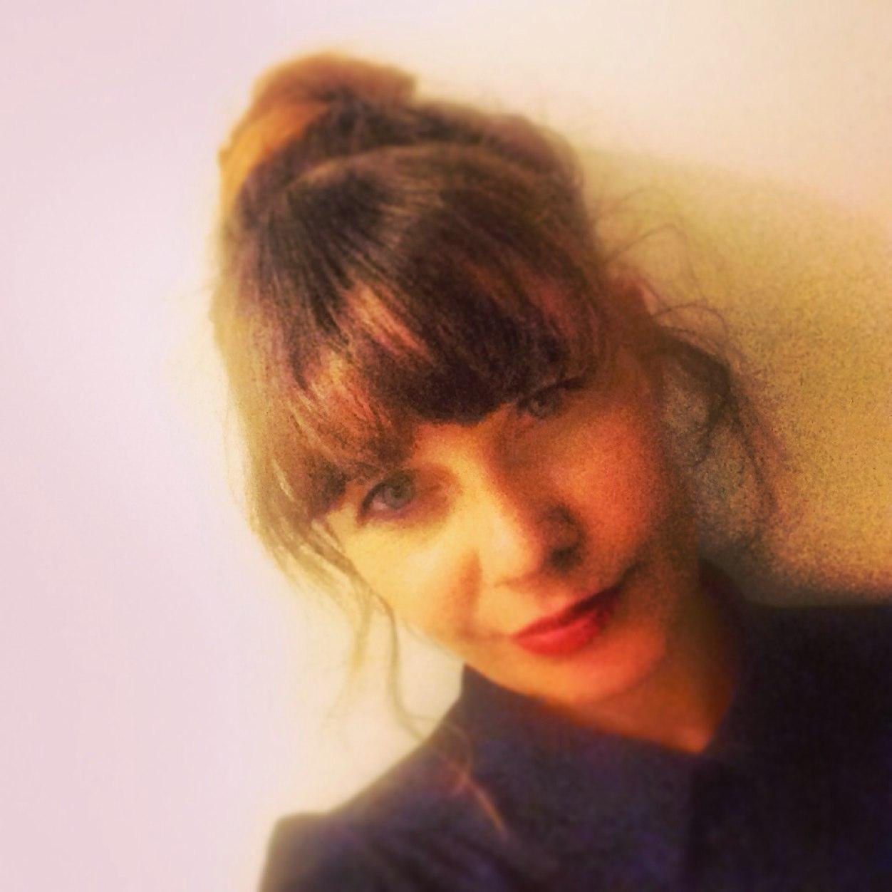 Ulrike v. Stenglin  Twitter Hesabı Profil Fotoğrafı