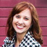 Jordana Paige | Social Profile