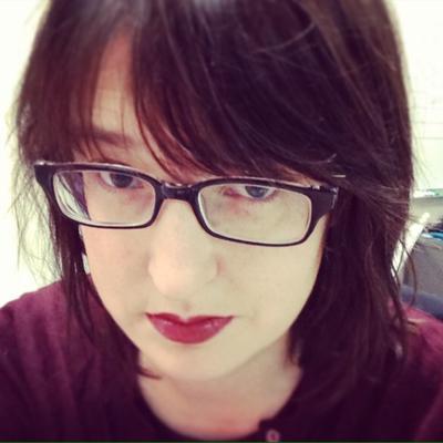 Rebecca Mills | Social Profile