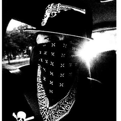 SUMEMO #ALEXPOISÉ | Social Profile