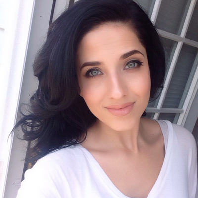 Laura Vitale | Social Profile