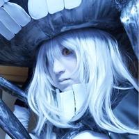 琥珀 | Social Profile