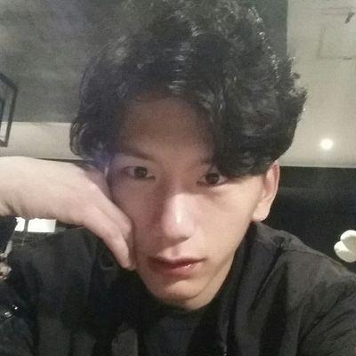 hyunwan | Social Profile