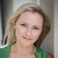 Amanda Sterling | Social Profile