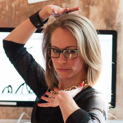 Kristin | Mtn Paper | Social Profile