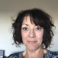 Carole Benson   Social Profile